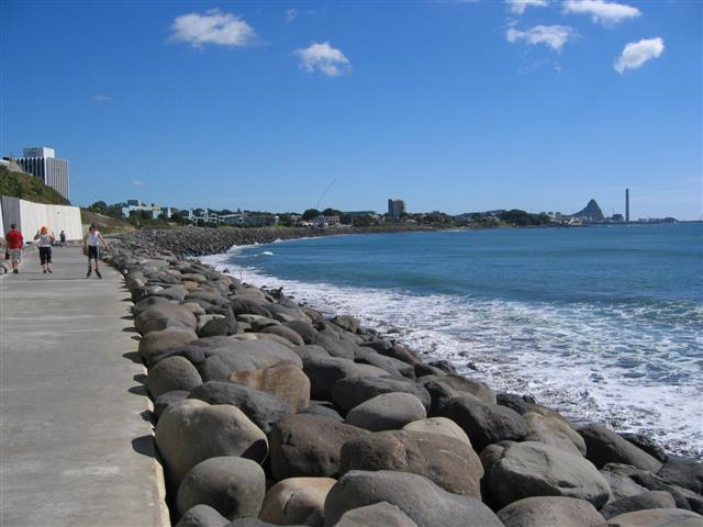 Coastal_Walkway_in_New_Plymouth