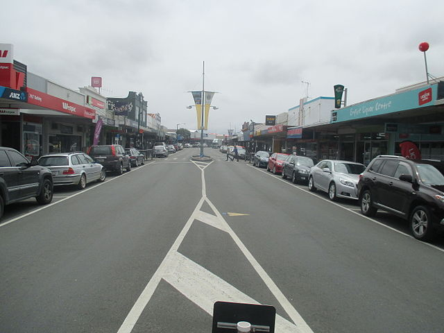 Victoria_Street,_Dargaville