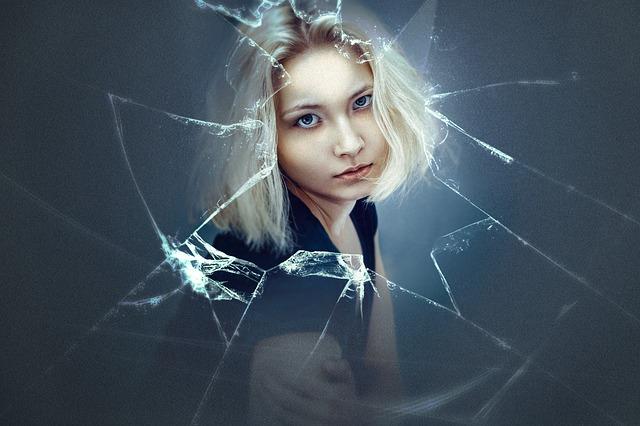 girl-1773907_640