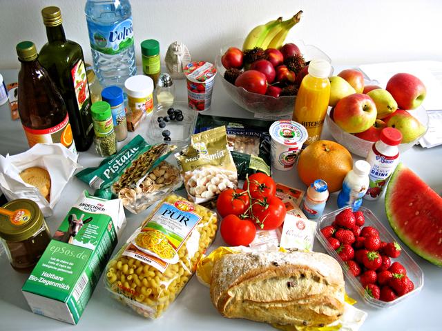 640px-tasty_food_abundance_in_healthy_europe