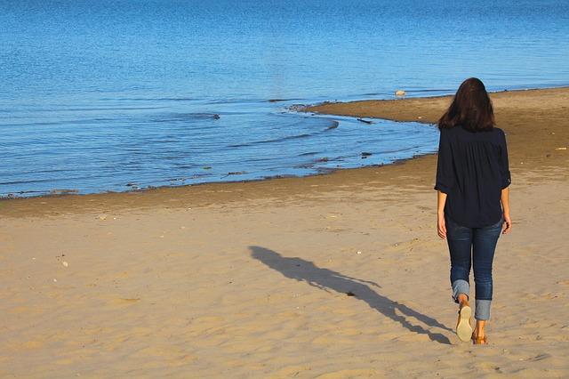 beach-1757994_640