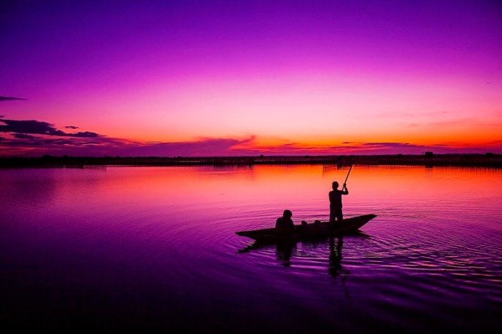 fishing-in-sunrise