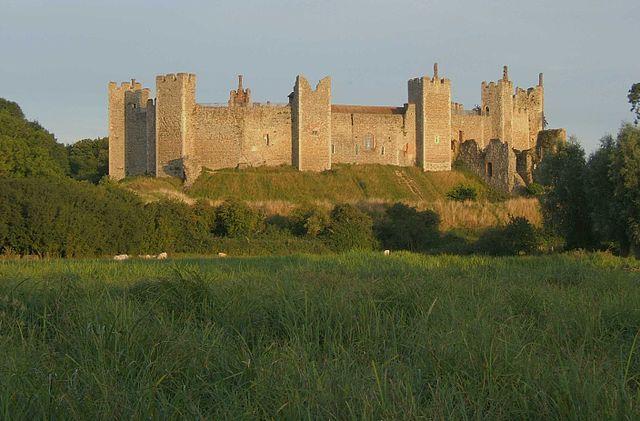 640px-franglingham_castle_01