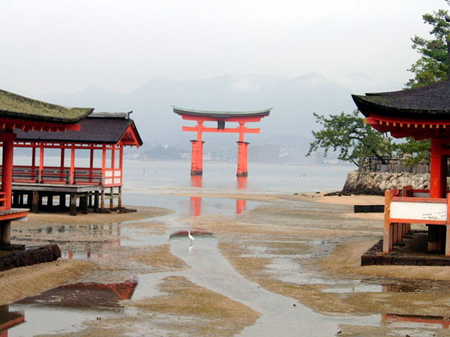 640px-torii_low_tide