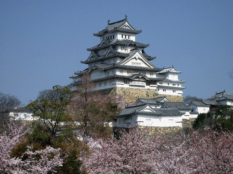 castle_himeji_sakura01_adjusted