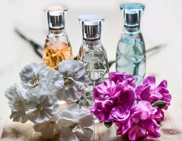 perfume-1433654_640