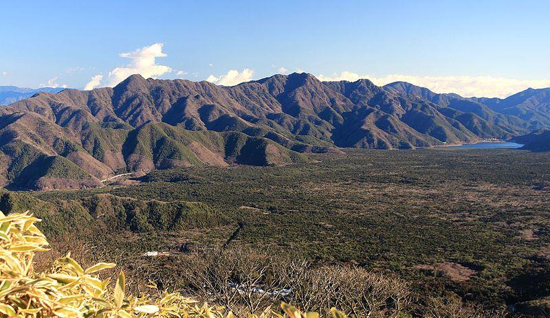 aokigahara_and_misaka_mountains