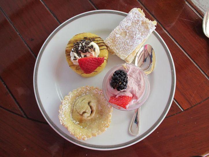 dessert_plate