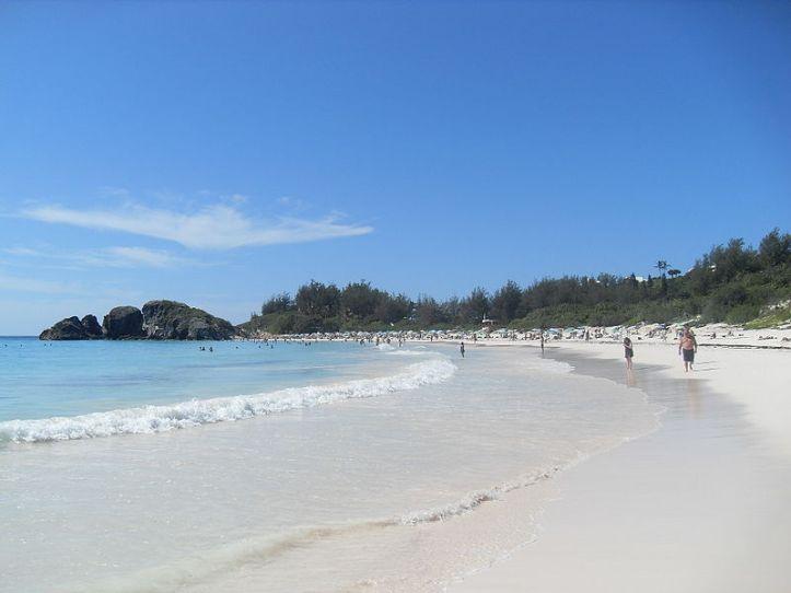 800px-Horseshoebay.Bermuda
