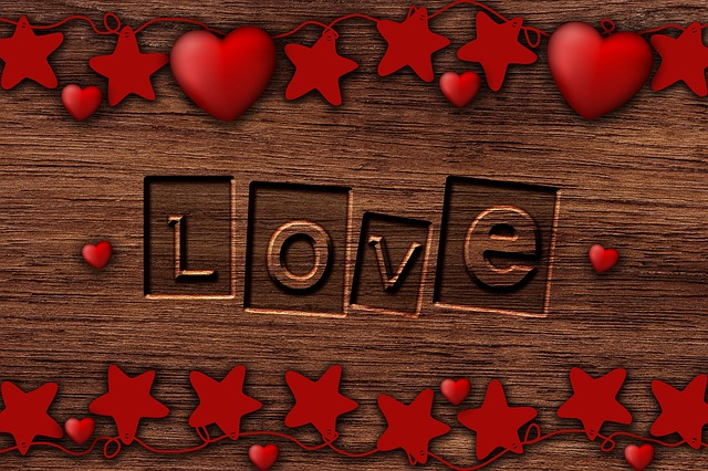 background-romantic-3353520_640