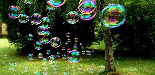 soap-bubbles-3517247_640