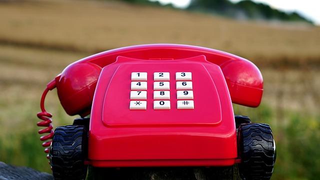 telephone-1541396_640